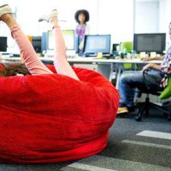 Кресла-мешки в офисе